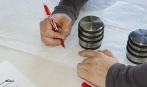 marquage du tissu pour travailler le montage d'une poche