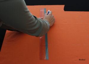 on divise le 1er rectangle en 2 rectangles plus petits ce qui nous donne les 2 morceaux du sac à bonbons d'Halloween